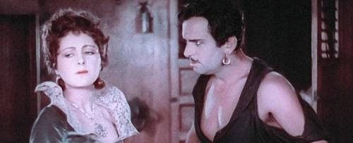 Princess Isobel (Billie Dove) and The Black Pirate (Douglas Fairbanks)